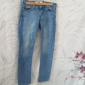 Hollister skinny jeans light wash size 9 Regular